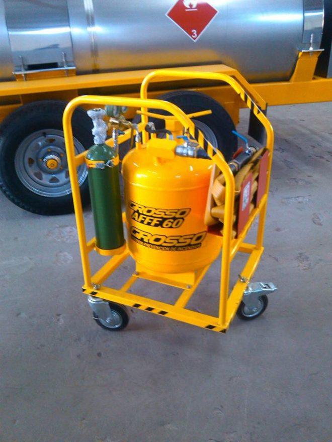 carro espuma contra incendio