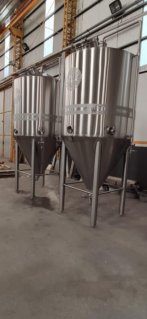 Fermentador de cerveza unitanque con carbonatador isobarico (1)