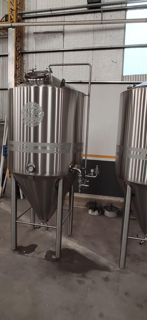 Fermentador de cerveza unitanque con carbonatador isobarico (2)