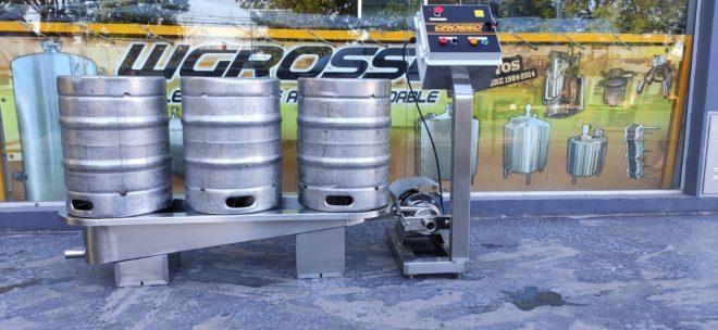 Lavadora y enjuagadora de barriles de cerveza semiautomatica